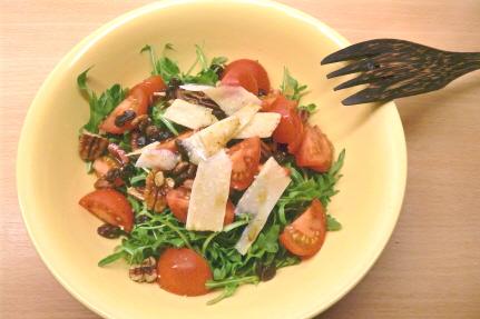 ensalada de rucola y parmesano