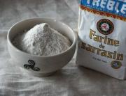 Harina de trigo sarraceno para hacer galletes