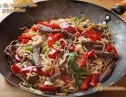 wok de ternera y pimientos