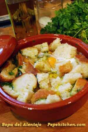 Sopa del Alentejo, receta portuguesa