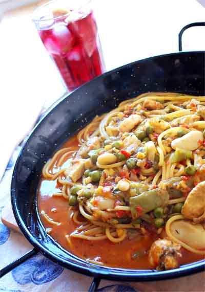 Paella de spaguetis © José Maldonado