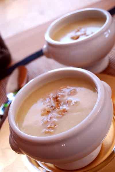 Sopa cremosa de queso de oveja © José Maldonado