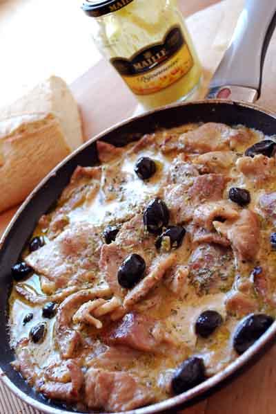 Stroganoff con mostaza y aceitunas © José Maldonado