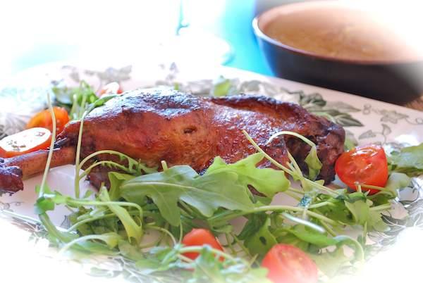 pato-confitado-salsa-manzana