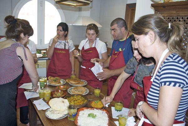 Nuevo curso de cocina hind pepekitchen m laga la - Clases cocina malaga ...