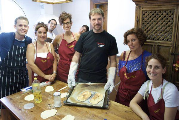 Pan naan con yogurt y semillas de cebolla, pepekitchen con los alumnos, taller de cocina hindú