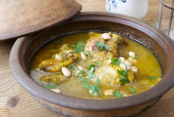 pollo con cebollas y almendras, receta marroquí - 15