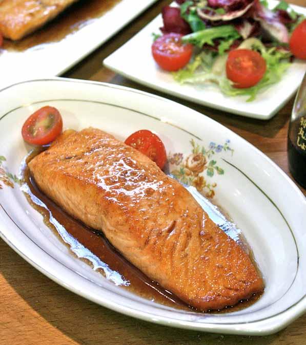 salmon glaseado con sake