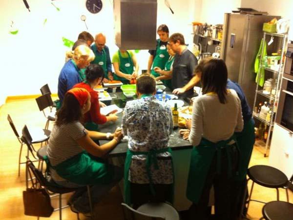Pepekitchen nuevo taller de elaboraci n y decoraci n de cupcakes escuela de cocina pepekitchen - Curso de cocina italiana madrid ...