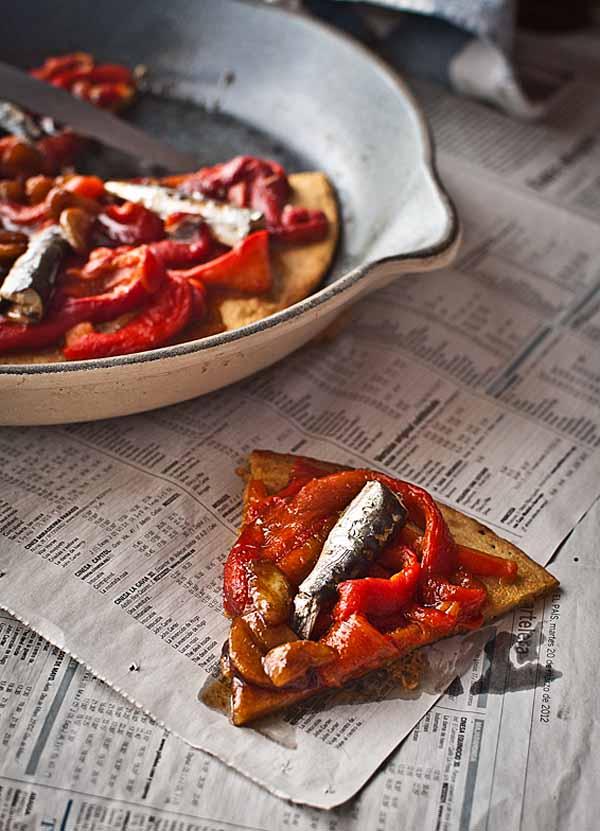 Torta pimientos sardinas