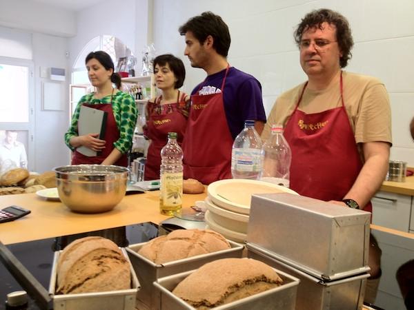 Curso de iniciaci n al pan artesano pepekitchen el - Cursos de cocina en malaga ...