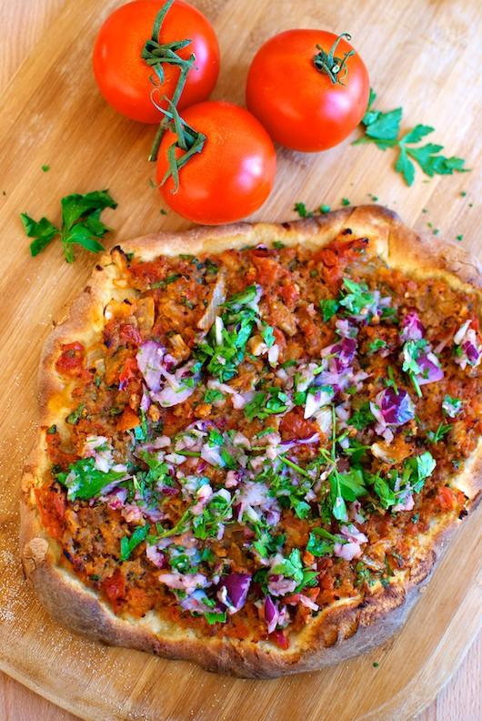 lahmacun-pizza-turca5