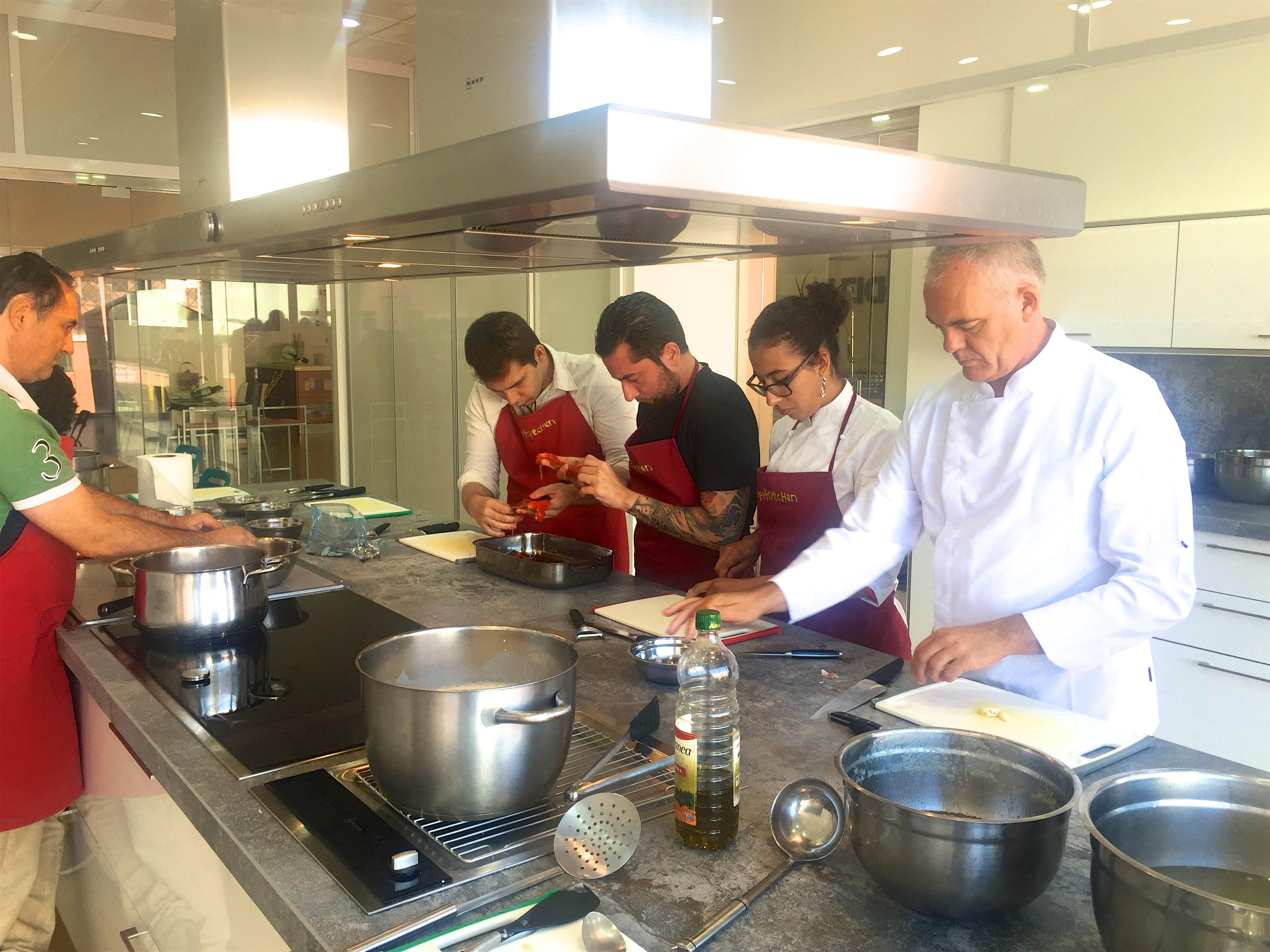 Reapertura de la escuela de cocina pepekitchen nuevo - Escuelas privadas de cocina ...